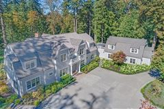 gorgeous Dutch Colonial Grand Ridge estate luxury real estate