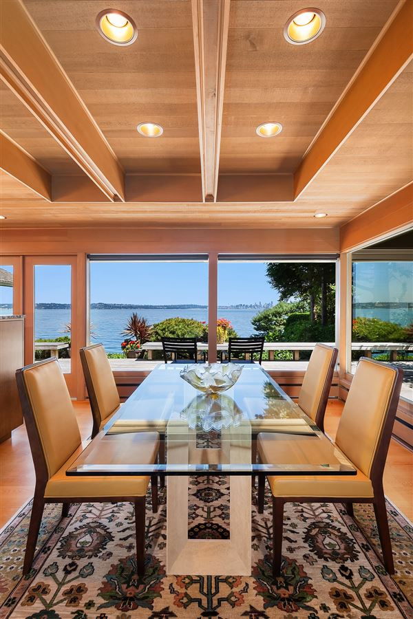 Luxury properties Mid-Century Waterfront Masterpiece in Wing Point