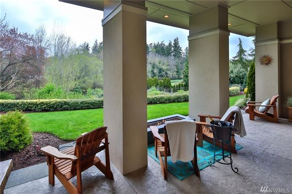 Luxury real estate Beautifully Maintained Home in Woodway