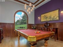 Frank Lloyd Wright Mountain Top Retreat luxury homes