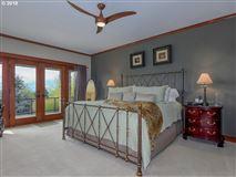 Luxury properties Frank Lloyd Wright Mountain Top Retreat