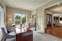 Mansions magnificent custom home in ideal location