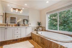 deluxe designer home luxury properties