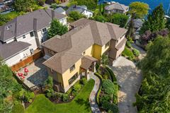 an Impeccable estate  luxury homes