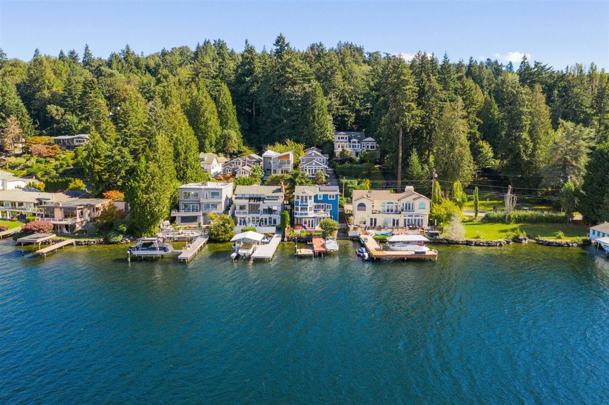 Mansions in Storybook sunny west-facing waterfront