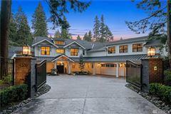 Luxury homes in Luxurious Modern Farmhouse