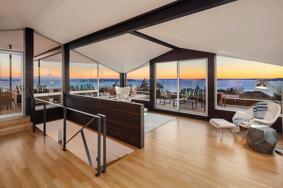 supreme yet understated luxury mansions