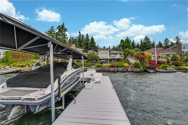 waterfront Near the end of quiet Champagne Point  luxury homes