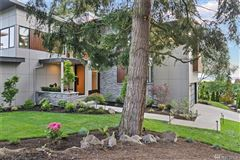 Mansions in gorgeous custom Northwest Contemporary home