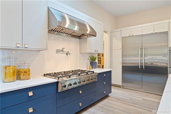 Luxury real estate gorgeous custom Northwest Contemporary home