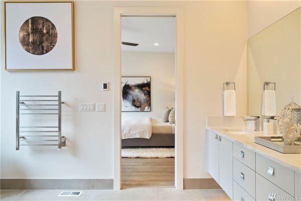gorgeous custom Northwest Contemporary home luxury properties