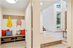 gorgeous custom Northwest Contemporary home luxury homes