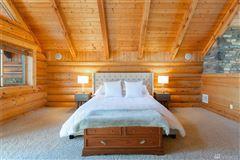 Luxury properties private mountain retreat with panoramic views