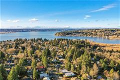 Luxury homes in style and comfort in kirkland