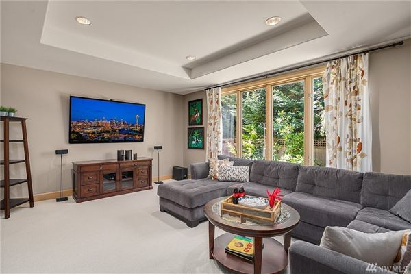 bright clyde hill oasis luxury properties