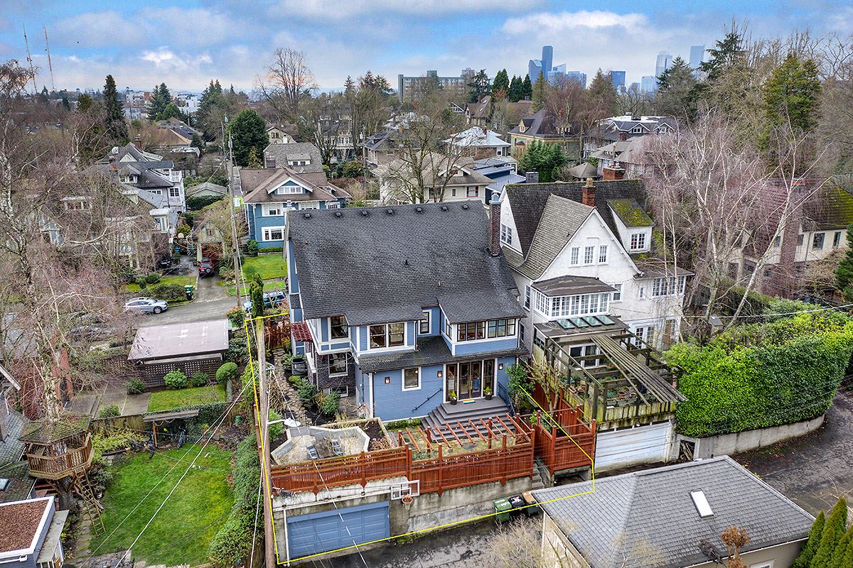 Luxury properties gracious 1910 Craftsman remodeled to perfection