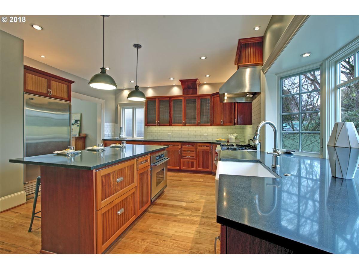Laurelhurst home in great location mansions
