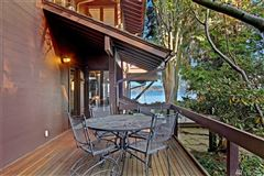 The essential lake house luxury real estate
