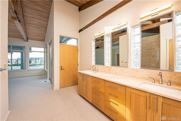 Luxury homes waterfront skyline rambler