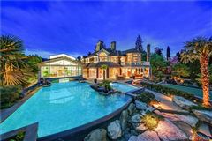 Luxury homes in iconic Lake Sammamish estate