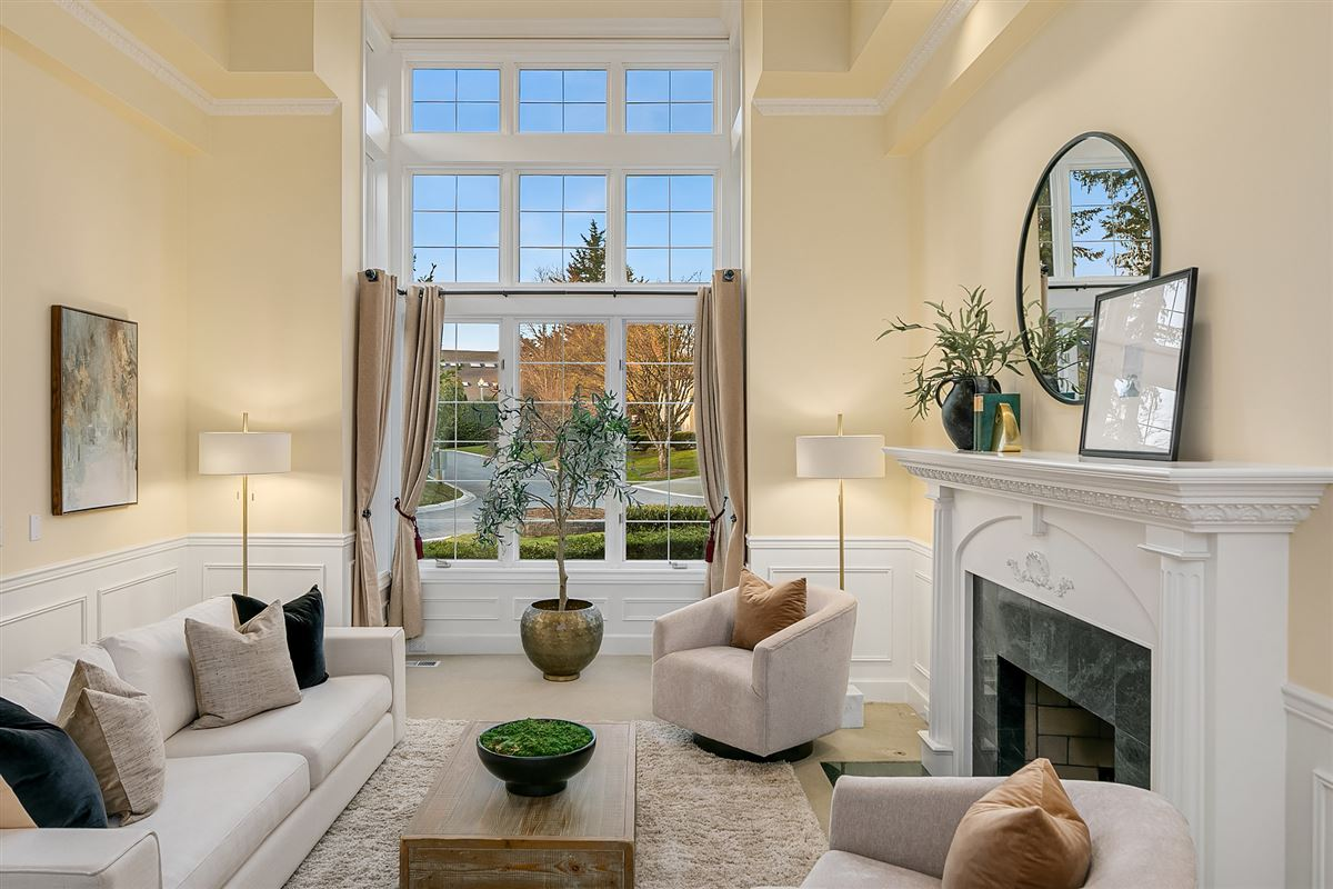 Street of Dreams home in Kirkland Hunt Club luxury real estate