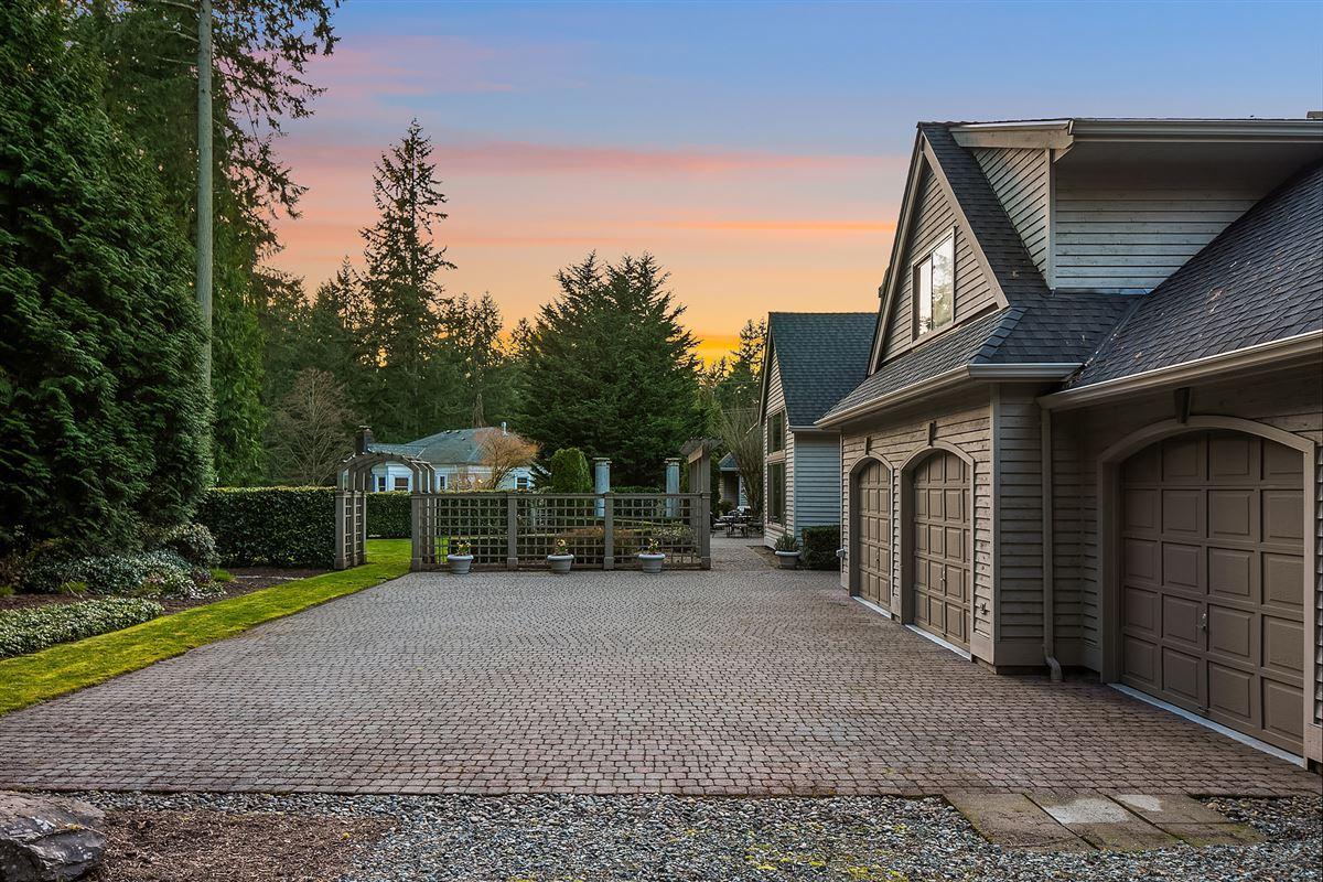 Street of Dreams home in Kirkland Hunt Club luxury properties