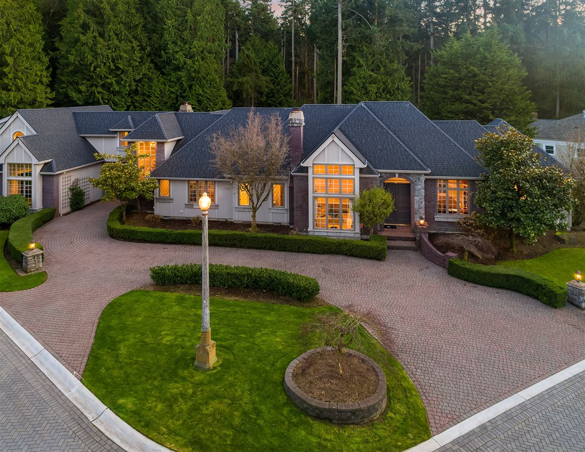 Mansions in Street of Dreams home in Kirkland Hunt Club