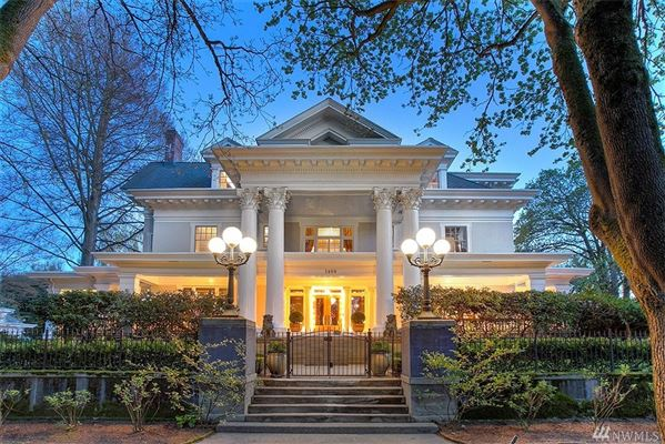 Luxury homes the Parker-Fersen Mansion