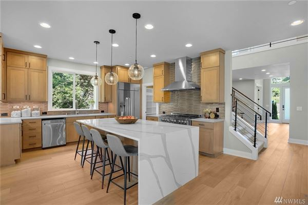 Mansions in  Classic NW Modern home loaded with dazzling appeal and upgrades