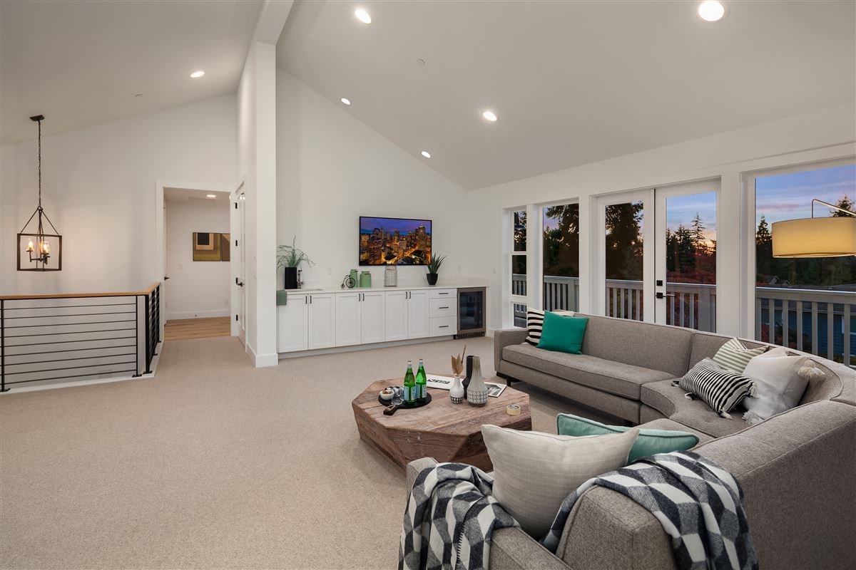 new construction urban farmhouse  luxury homes
