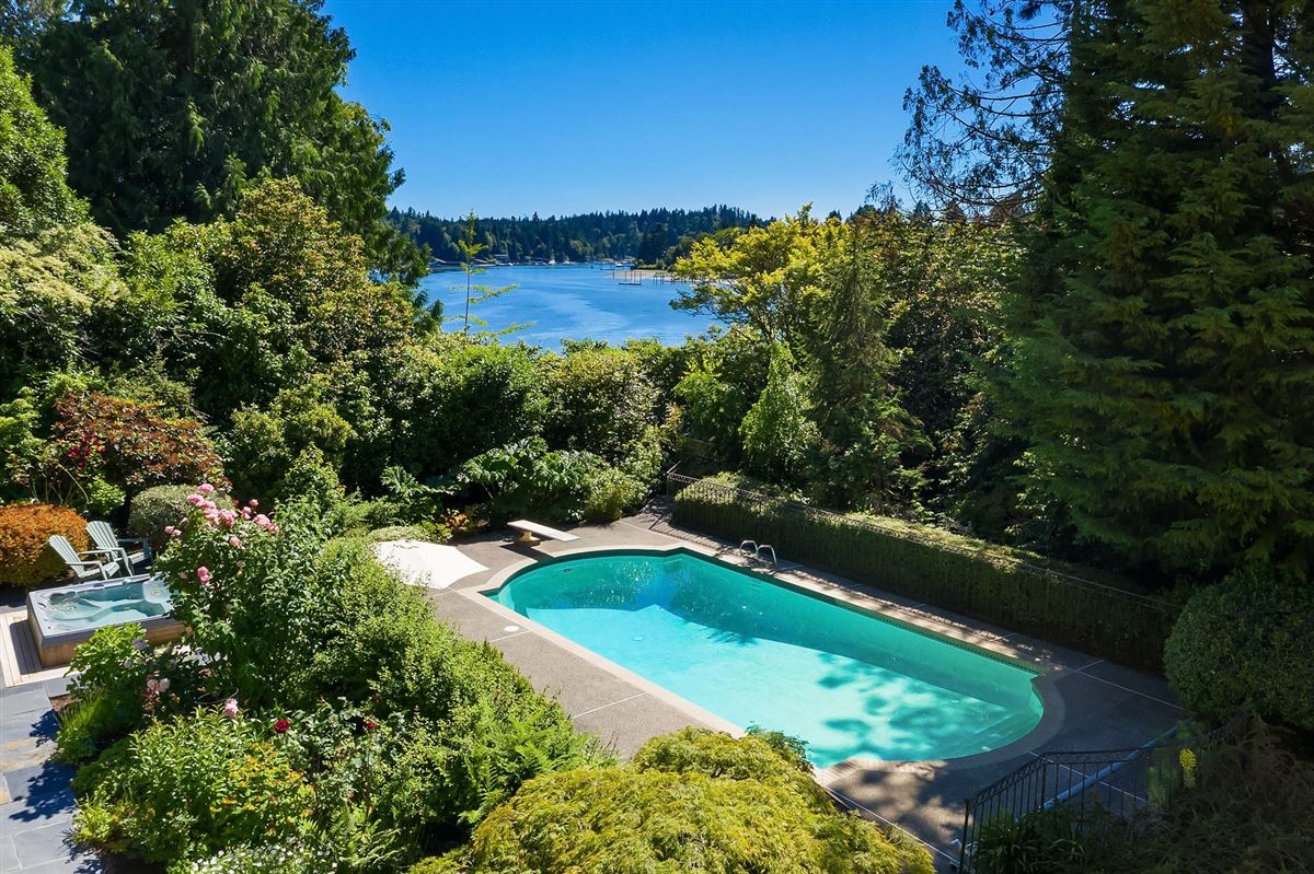 Luxury homes in luxurious Port Madison waterfront estate