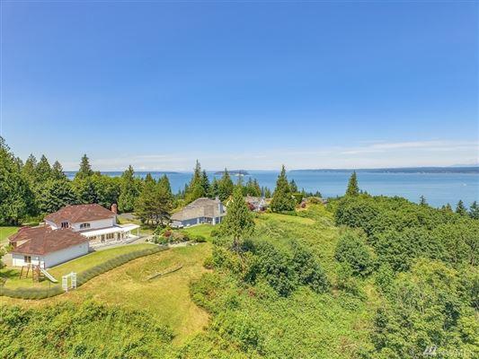 Luxury homes Desirable Harbor Ridge Estate home