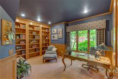 Desirable Harbor Ridge Estate home mansions