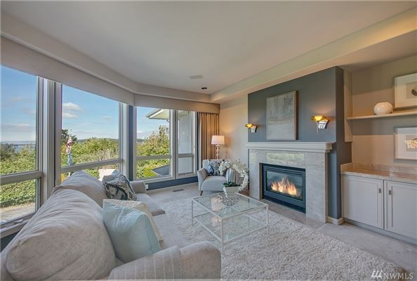 Lake Heights luxury with sweeping views luxury homes