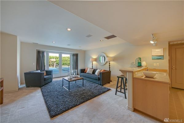 Luxury real estate Lake Heights luxury with sweeping views