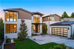 Mansions Luxurious style in desirable First Hill