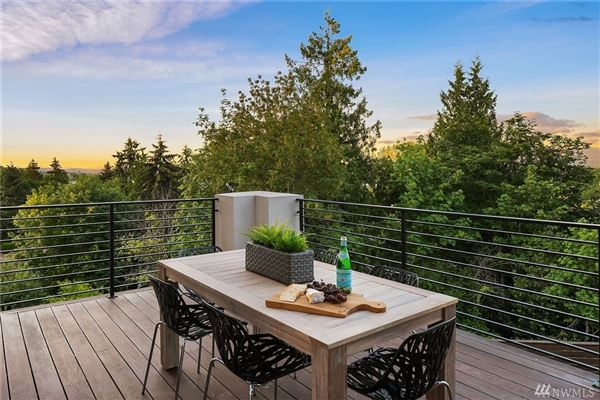 Luxury real estate Luxurious style in desirable First Hill