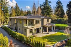 Mansions Evergreen Point gated estate