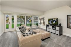 Luxury properties A slice of paradise on Newport Shores