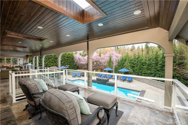 Luxury homes in personal luxury resort