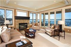 Stunning penthouse residence luxury properties