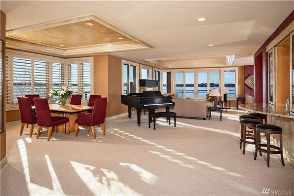 Luxury homes Stunning penthouse residence