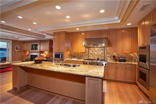 Luxury real estate Stunning penthouse residence