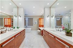 Luxury properties ultimate urban Northwest Contemporary retreat