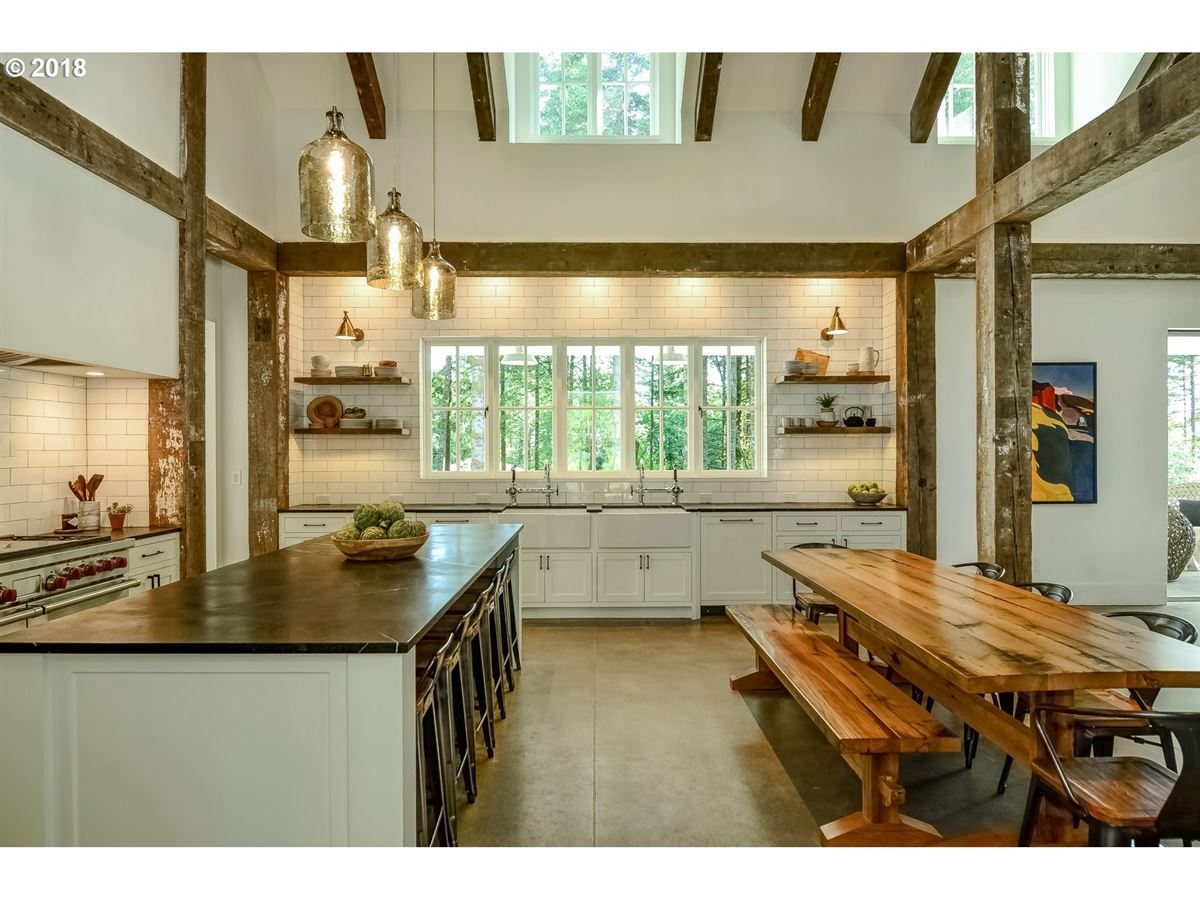 Merging Tradition with Modern Design in Portland luxury homes