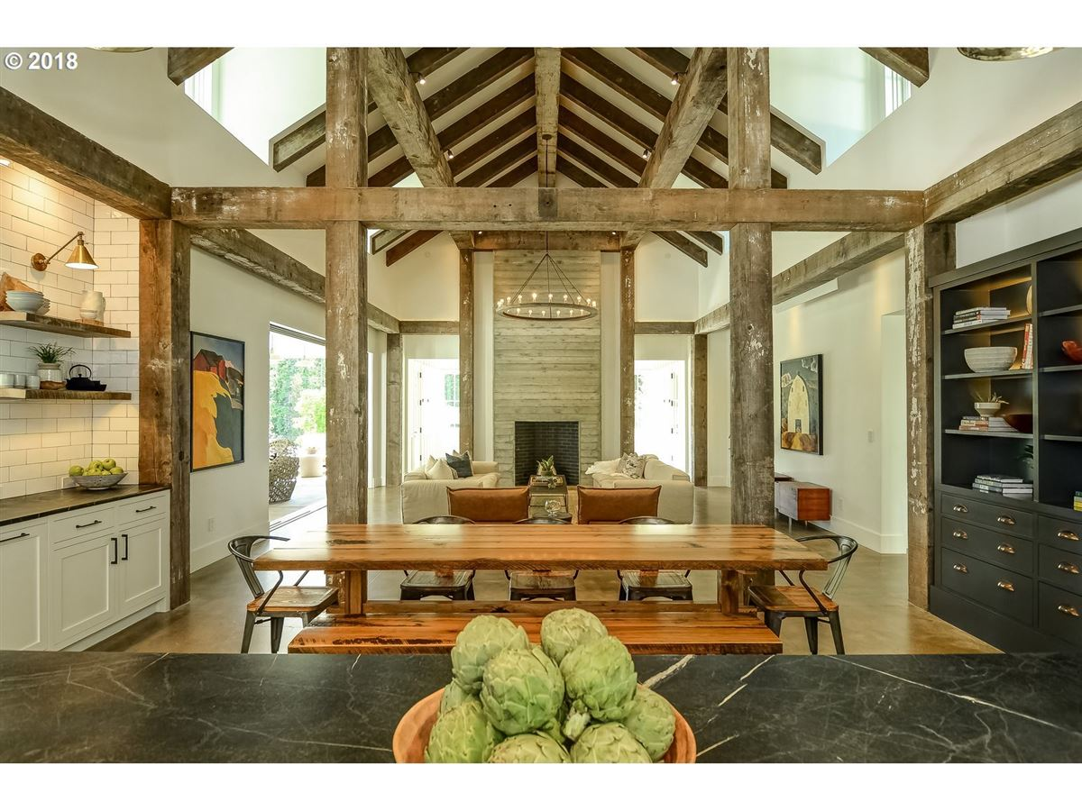 Luxury real estate Merging Tradition with Modern Design in Portland