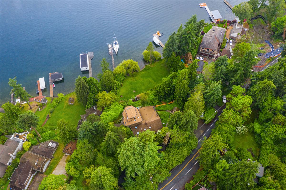 Unique West facing Waterfront Estate  luxury real estate