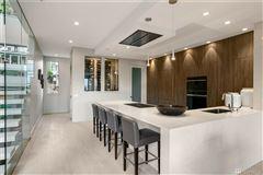 modern Queen Anne luxury home luxury homes