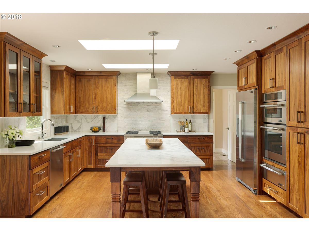Luxury homes Distinction and Elegance in Montclair