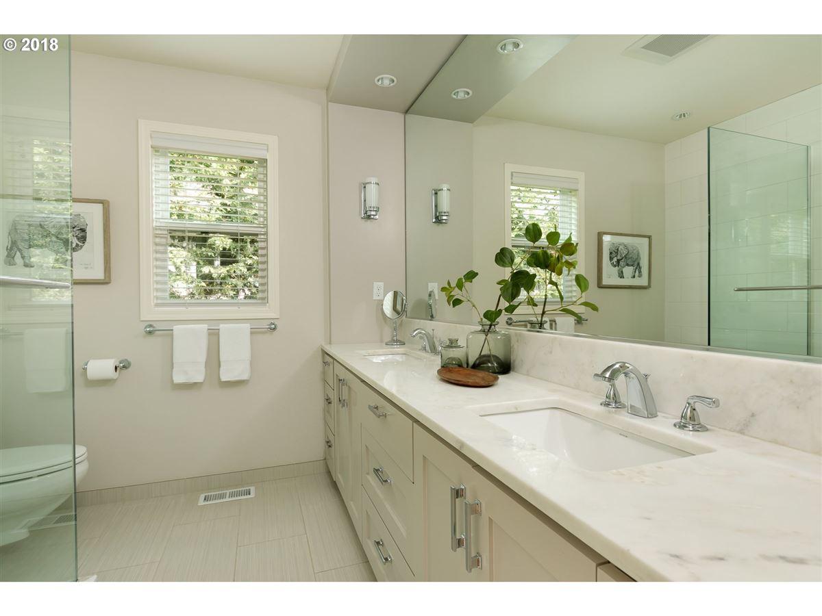Luxury homes in Distinction and Elegance in Montclair